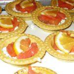 Тарталетки с сёмгой и сыром «Фетакса»